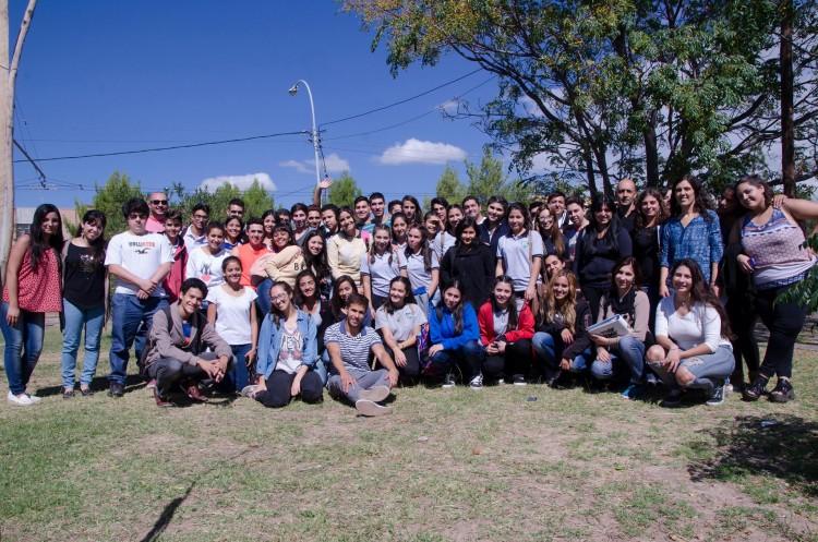 Taller con estudiantes de escuelas secundarias en la FCPyS