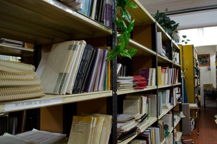 La biblioteca de la FCPyS estará cerrada desde las 13.30hs el día 14 de junio