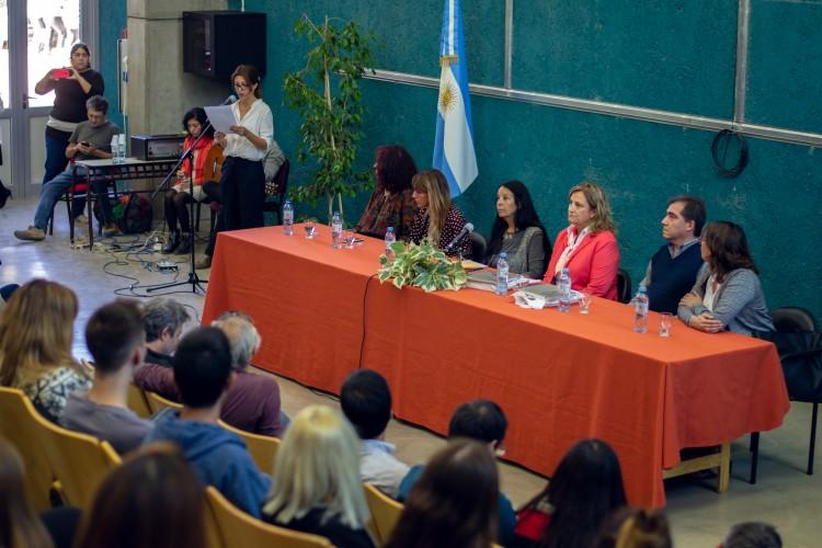 Reflexionaron sobre universidad, derechos humanos y formación