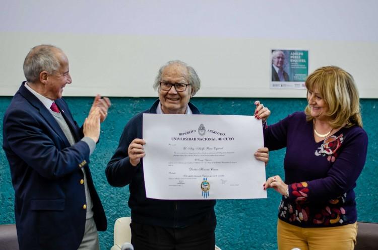 """Pérez Esquivel: """"La universidad debe ser siempre un espacio abierto a la comunidad"""""""