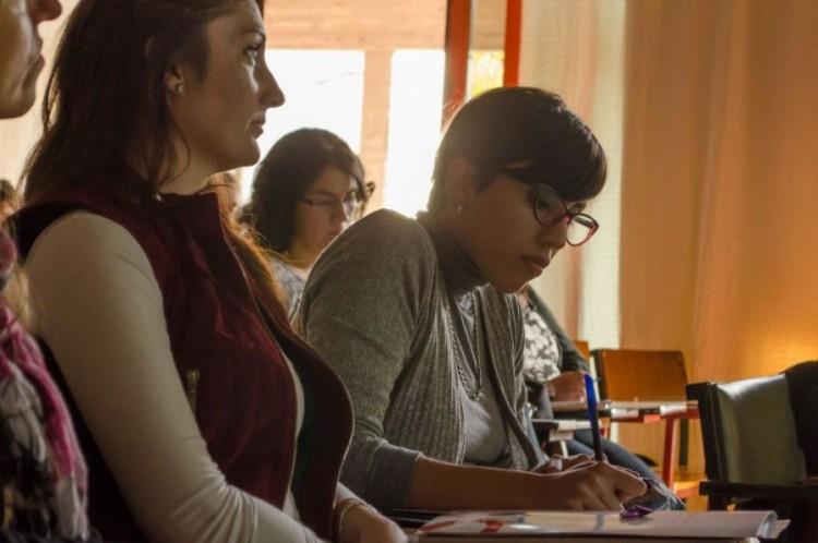 Convocatoria a estudiantes para formar parte de una campaña sobre Género