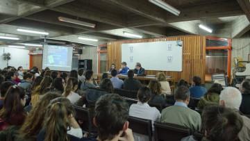 Presentación del primer proyecto de Ley de Comunicaciones Convergentes en Argentina