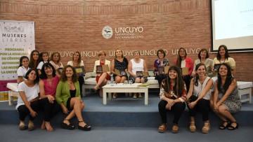"""Reconocimiento """"Mujeres Libres"""" a las primeras gestoras de la UNCuyo"""