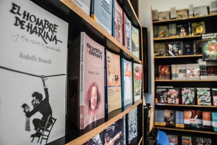 La EDIUNC celebra el mes del libro con descargas gratuitas