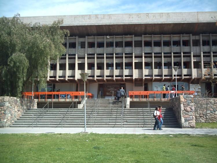 El departamento de Diplomas no atenderá los días 24 y 25 de octubre