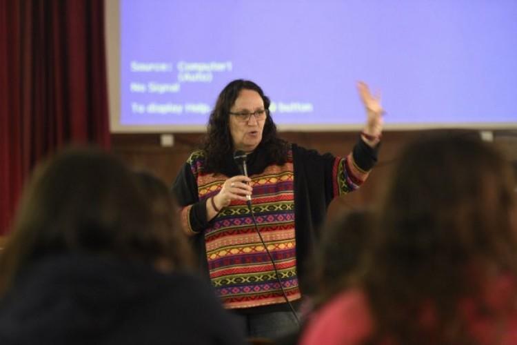 Irene Strauss, Responsable Pedagógica de la capacitación y Responsable del Área de Educación de Abuelas de Plaza de Mayo