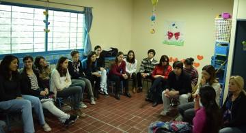 Convocan a estudiantes para incorporarse a proyecto de salud comunitaria