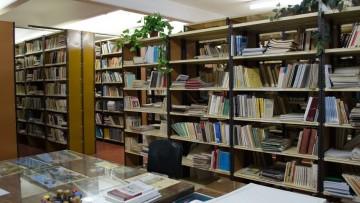 La Biblioteca de la FCPyS continúa atendiendo con turnos previos