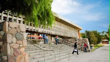 Nuevas resoluciones ministeriales para las carreras de posgrado en análisis institucional