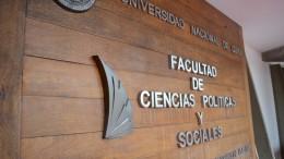 Personal de FCPyS recibirá medallas por sus 30 años de servicio en la UNCUYO
