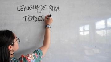 El debate por el lenguaje inclusivo resonó en las redes sociales de la FCPyS